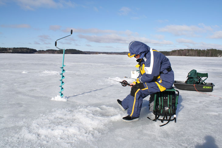Spring angler s calendar for the lakes of the tampere for Fishing in finland